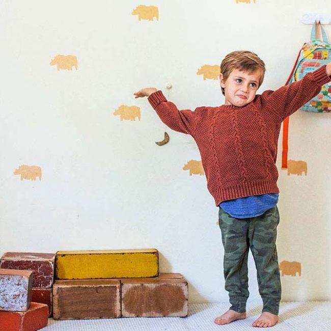 מדבקות קיר קרנפים