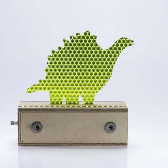דינוזאור צמחוני ירוק