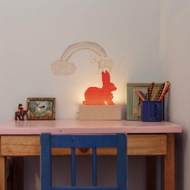 מנורת ארנב – ורוד