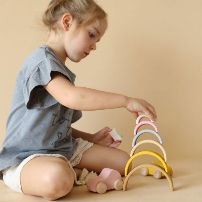 משחקי וצעצועי עץ